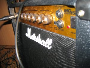 guitar amplifier picture