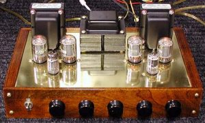 picture of an old school tube amplifier for your living room